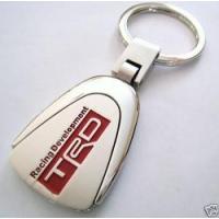 Брелок для ключей с красным логотипом TRD
